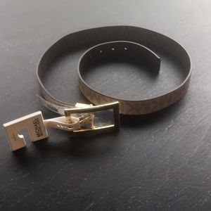 New Michael Kors Rectangle Buckle Reversible Belt